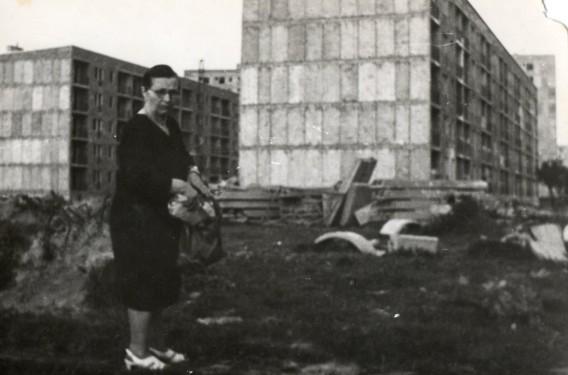 Mała stabilizacja Gomułki: Osiedle Azory zamieniły się w wielki plac budowy. Na zdjęciu powstają bloki przy ulicy Jaremy i wieżowce przy Gnieźnieńskiej. Źródło: osiedleazory.pl.
