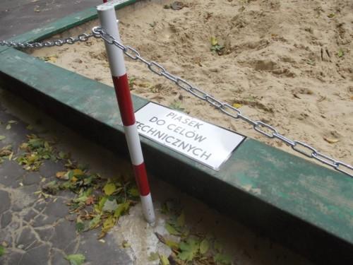 Bo ta piaskownica nie jest piaskownicą.