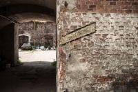 """Zabytkowy Fort nr 7 """"Za rzeką"""" Bronowice"""