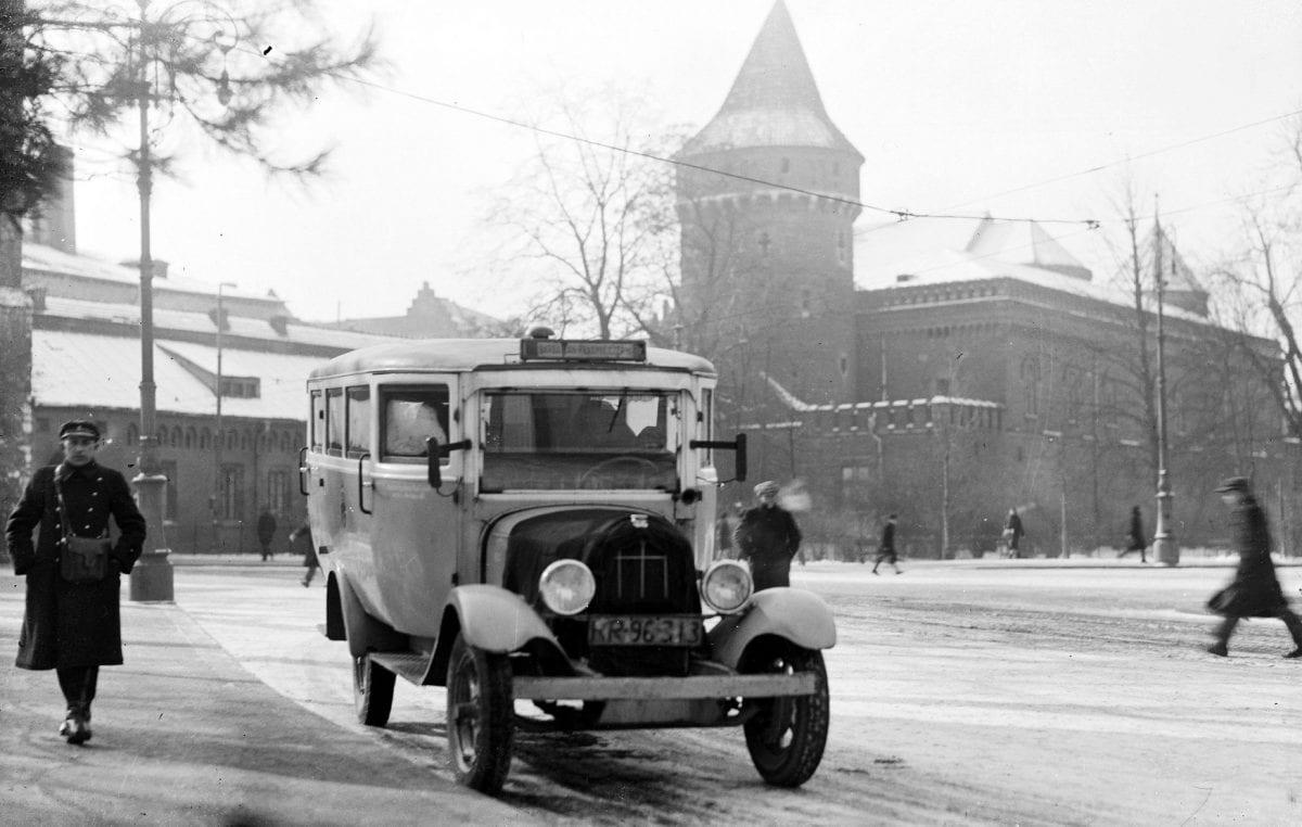 Pierwszy autobus w Krakowie