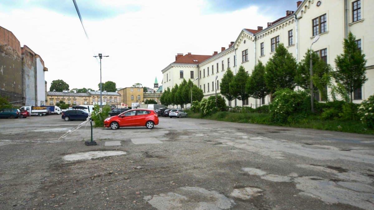 Park przy Karmelickiej