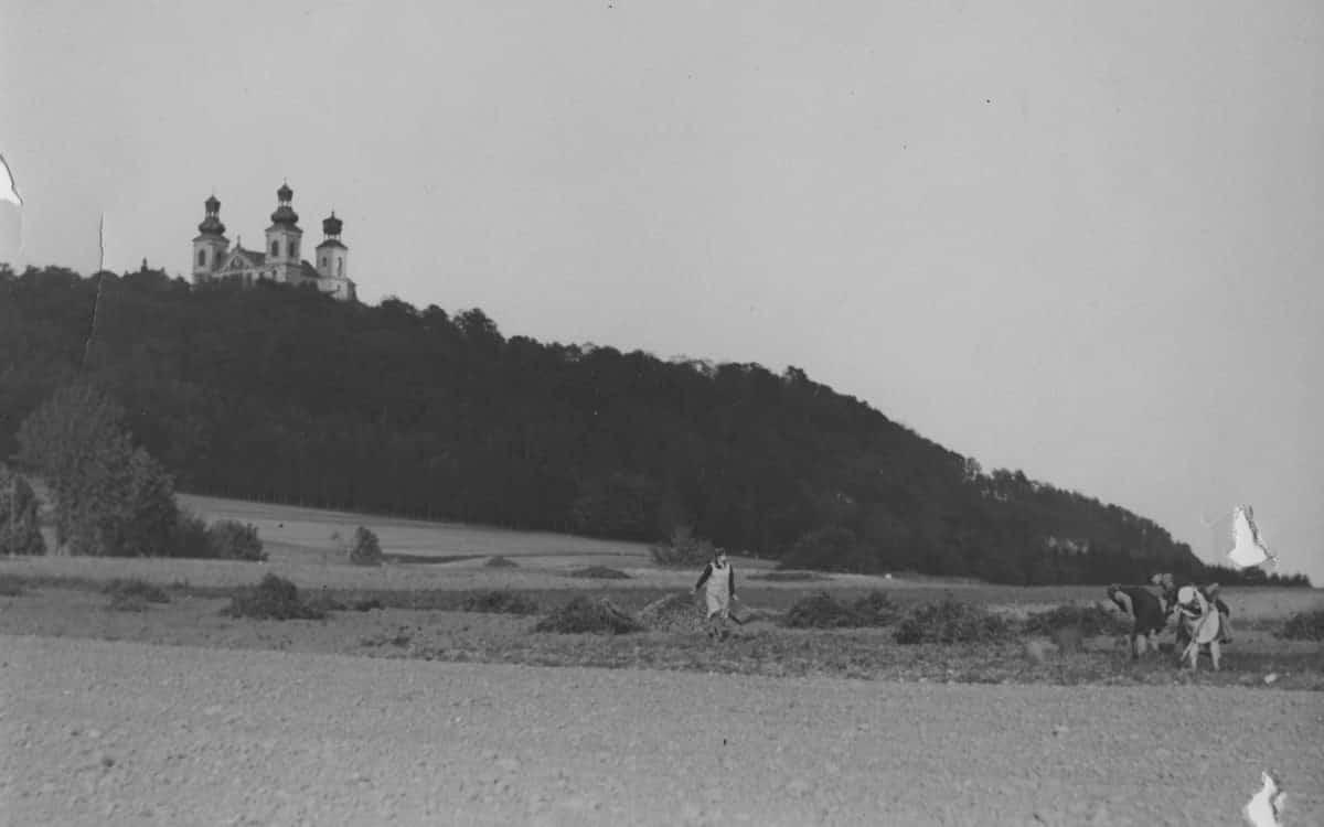 Bielany Klasztor Kamedułów. Zdjęcie archiwalne.