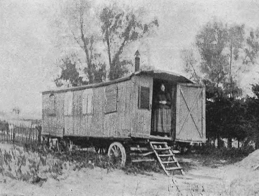 Wóz Drzymały około 1907 roku. Źródło: Wikimedia.