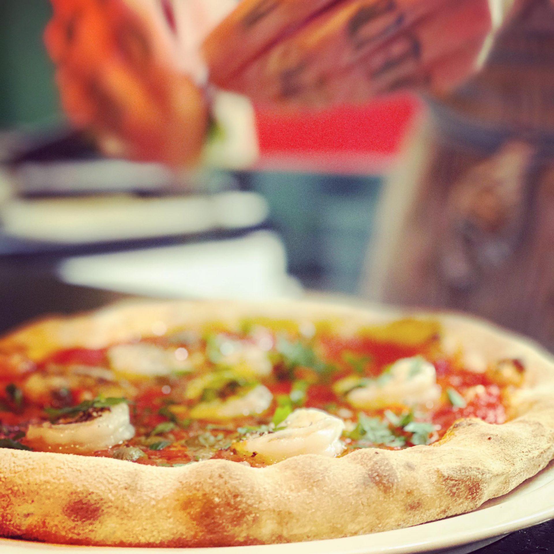 W Trattoria di Bufala ciasto przygotowuje się w oparciu o mąkę z młyna Pasini. / Pizza Nowa Huta.