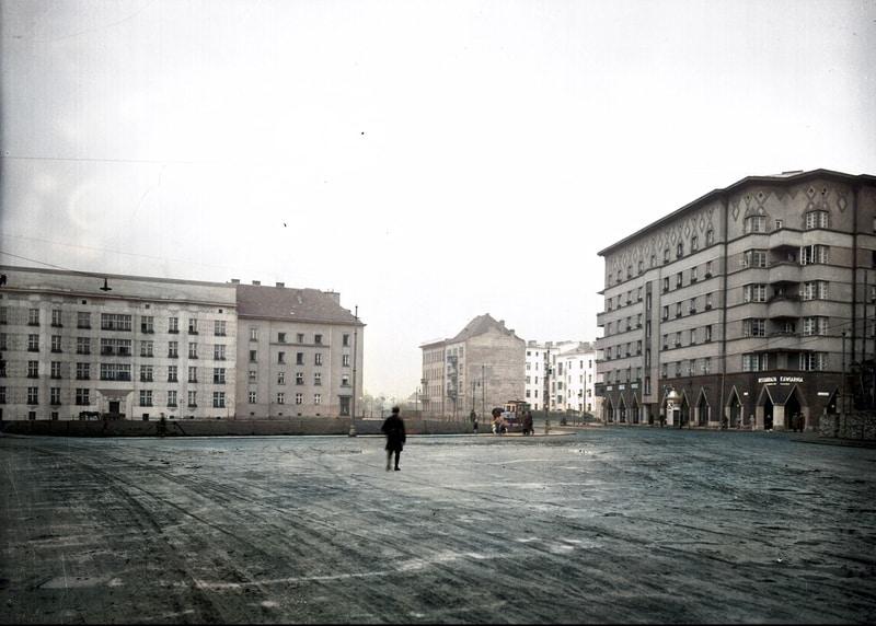 Plac Inwalidów w Krakowie we wczesnych latach 30. XX wieku. Źródło: Narodowe Archiwum Cyfrowe.
