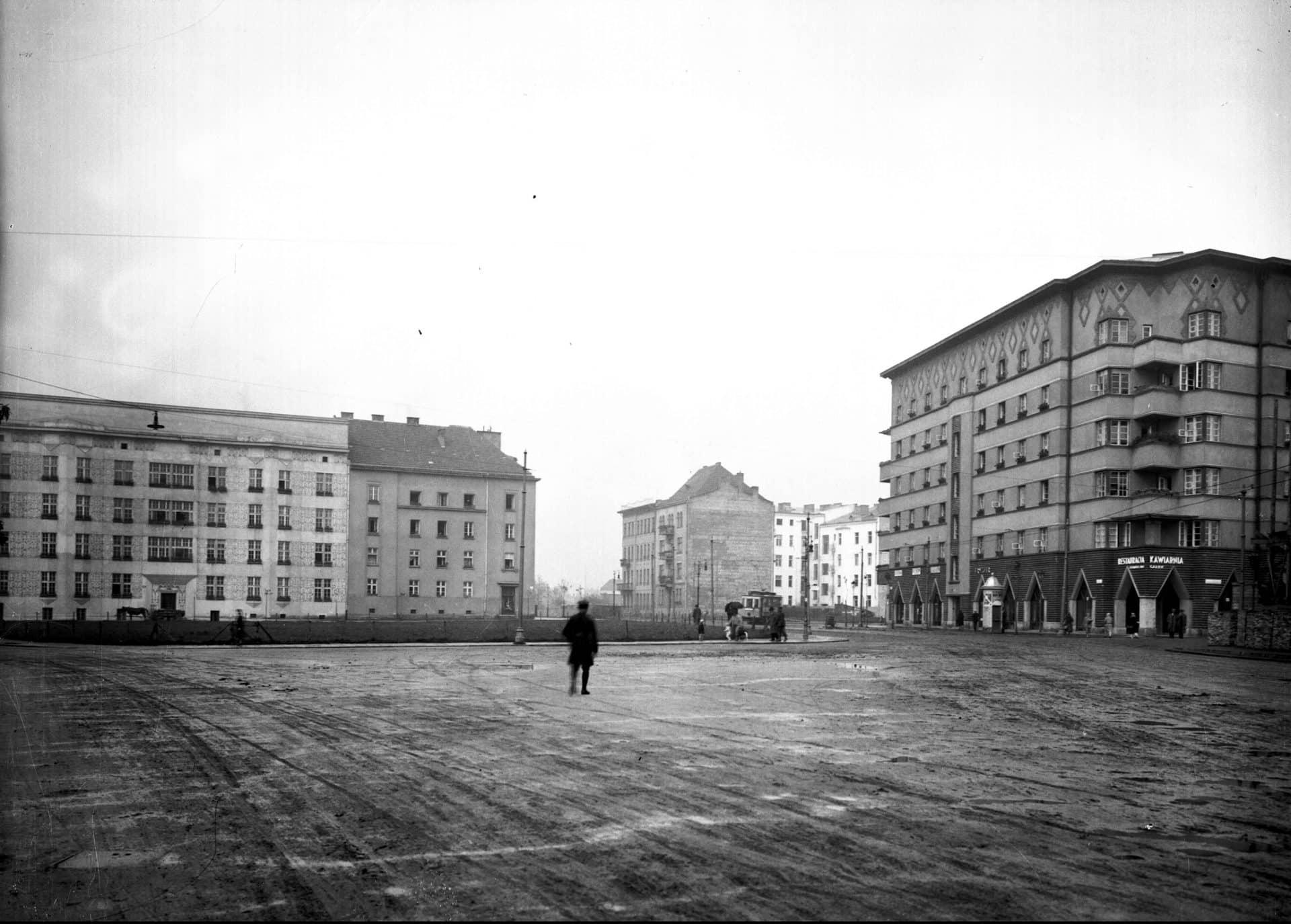 Budowa kamienic przy placu Inwalidów w Krakowi