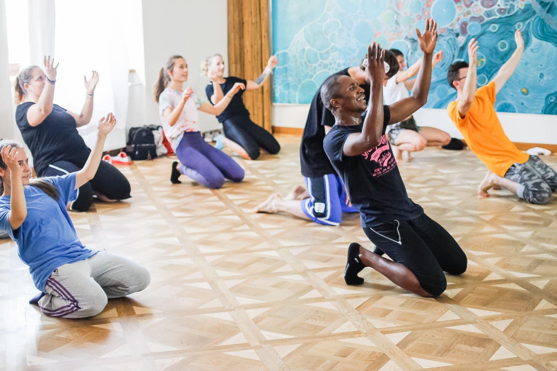 Zajęcia z tańca Afro podczas dni otwartych.