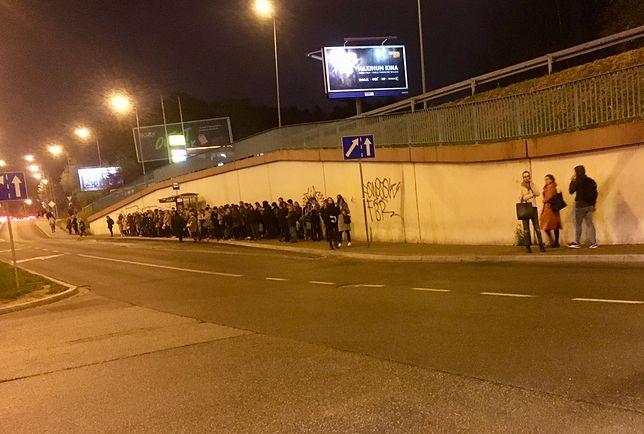 Przystanek koło Bonarki. Fot. Marcin Makowski.