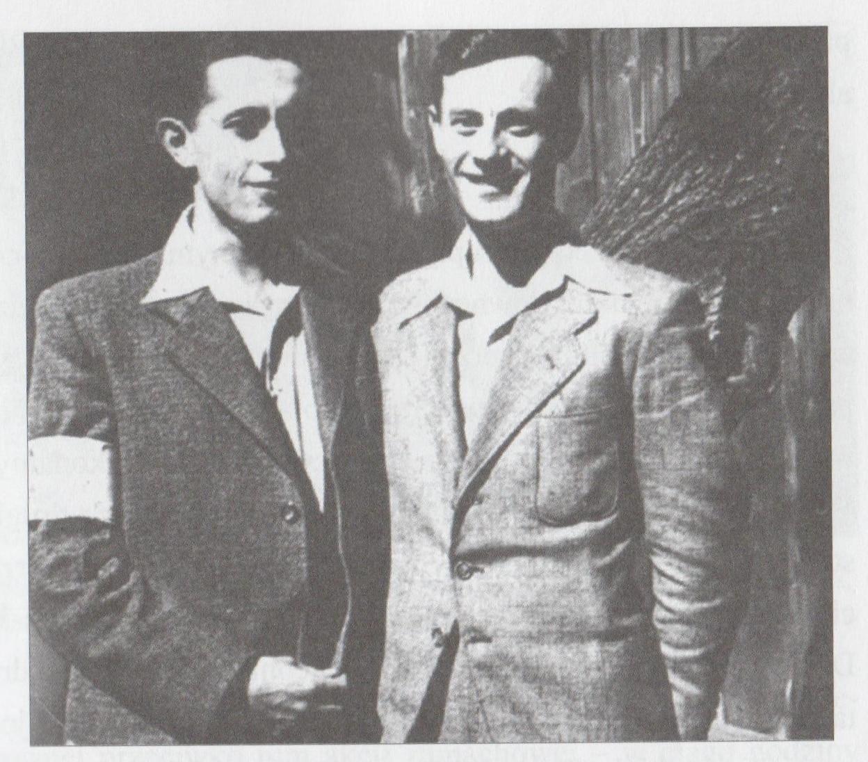 """Szymon Draenger i Dolek Liebeskind. Źródło: Rafał Górski, """"Polscy zamachowcy"""".  / Żydowska Organizacja Bojowa."""