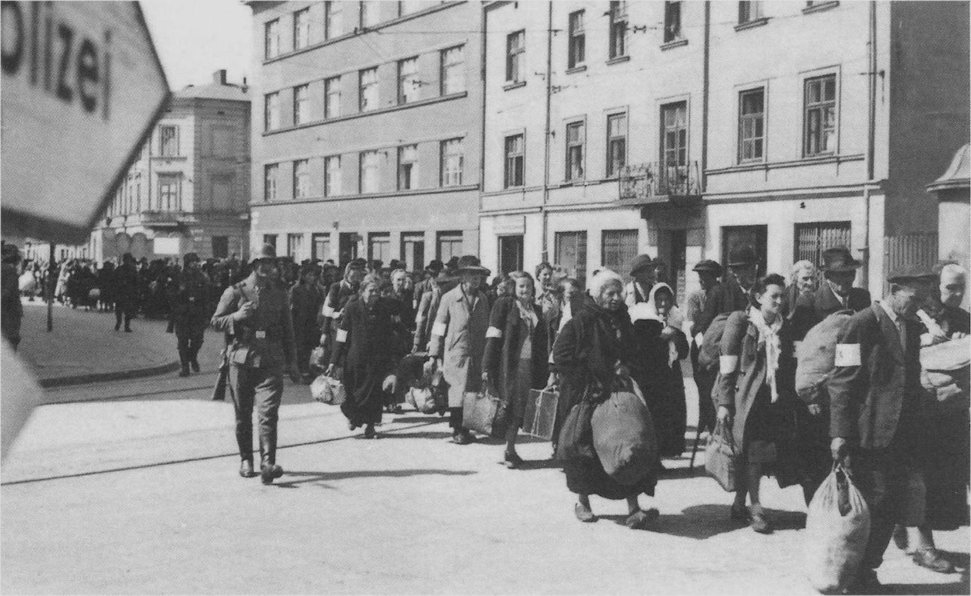 Likwidacja krakowskiego Getta pod pozorem wysłania Żydów z getta do pracy przymusowej. Punktem docelowym byl oboz zaglady.