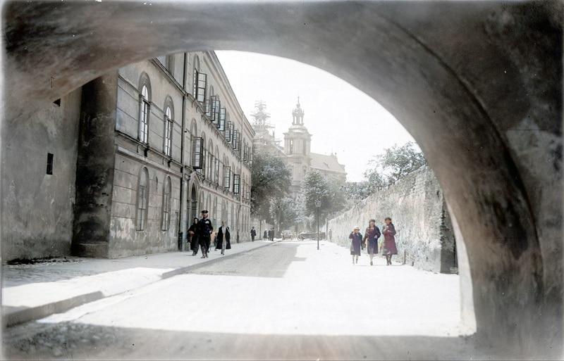 Ulica Skałeczna w Krakowie w 1929 roku. Źródło: Narodowe Archiwum Cyfrowe.