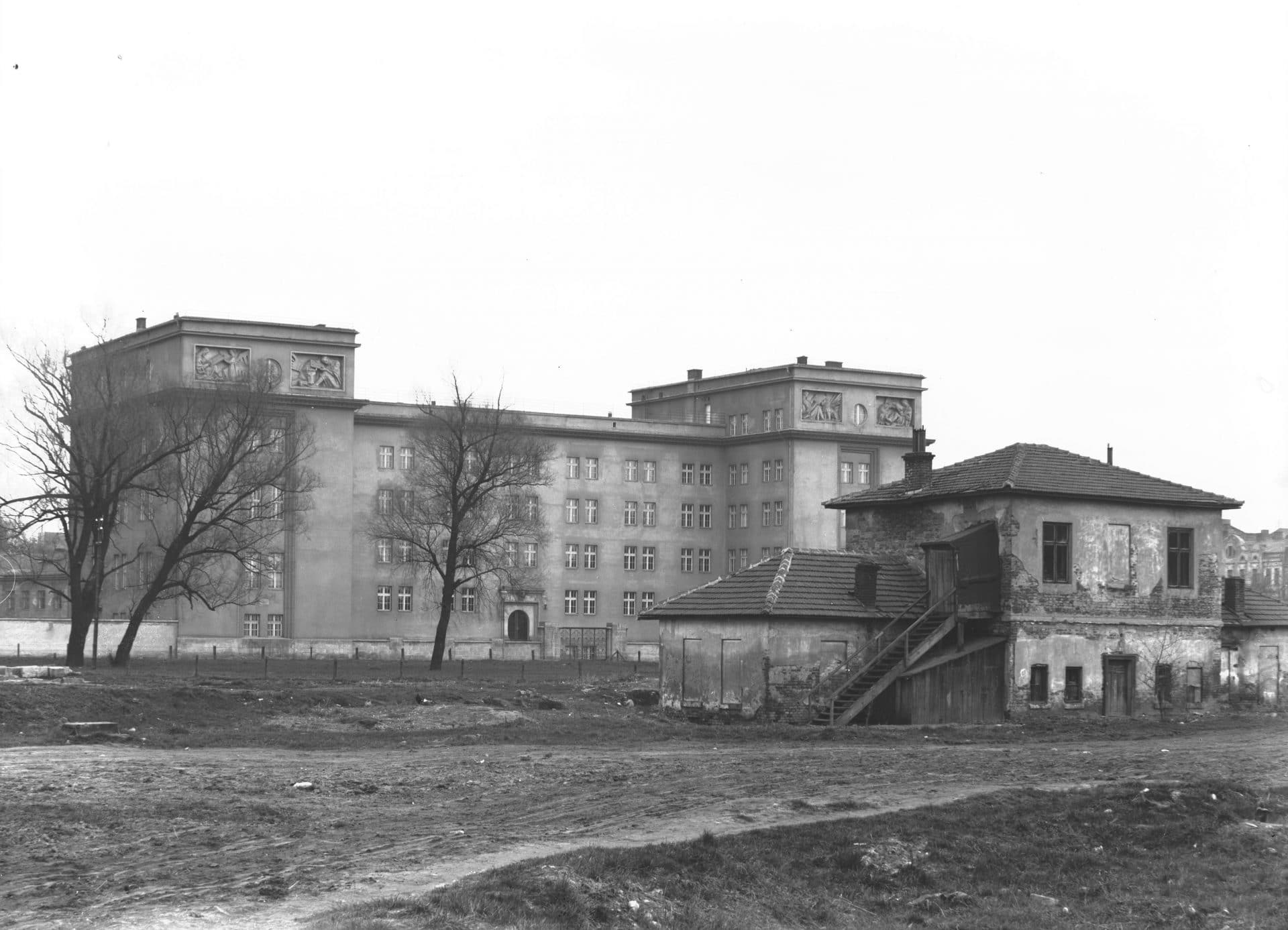 Gmach Seminarium Śląskiego w Krakowie. 1934 rok. Źródło: Narodowe Archiwum Cyfrowe.