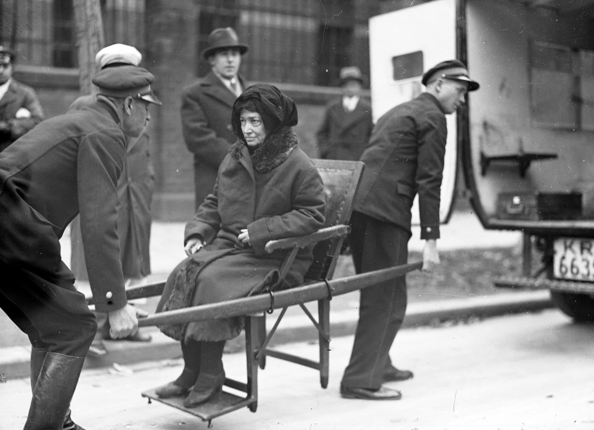 Córka Süskindów, która przeżyła napad w drodze na salę sądową. Źródło: Narodowe Archiwum Cyfrowe.