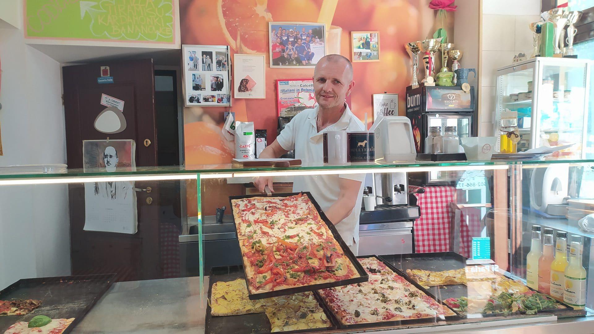 Pizzeria Vicenti znajduje się na Plantach w okolicach ulicy Szewskiej, na Kazimierza Wielkiego i na Wielopolu.