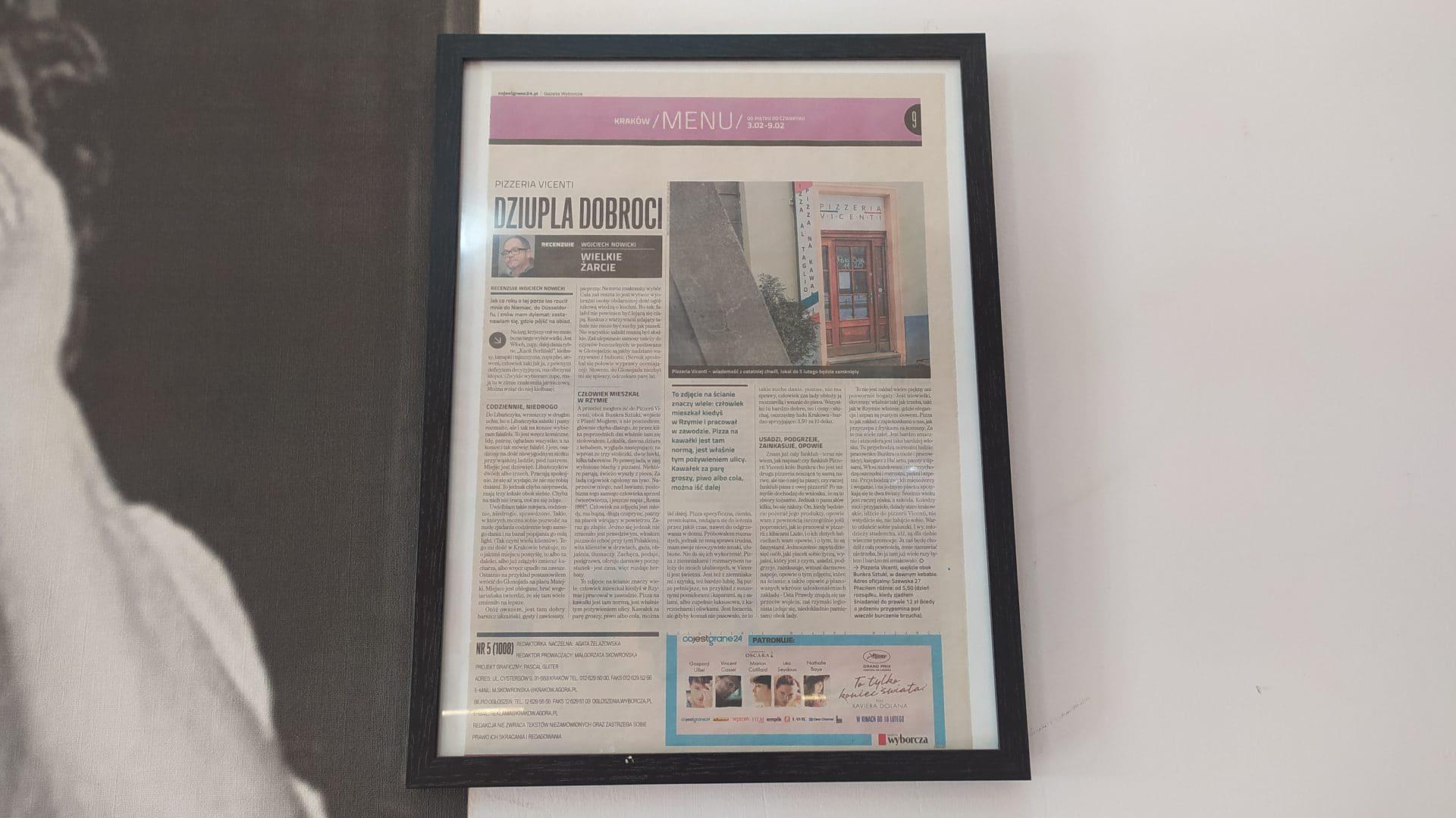 Artykuł Wojciecha Nowickiego wisi w Pizzeri Vicenti na honorowym miejscu.