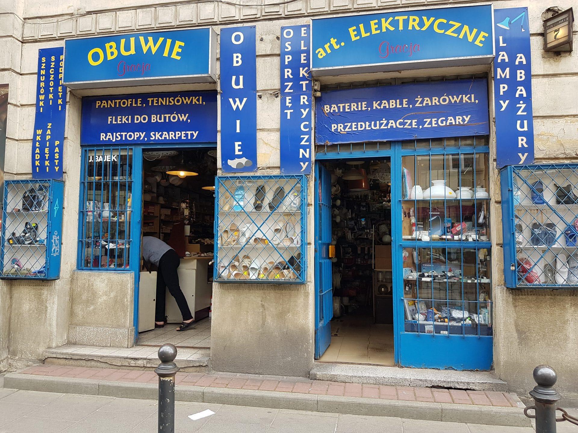 Ulica Kalwaryjska Najstarsza sprzedawczyni w Polsce