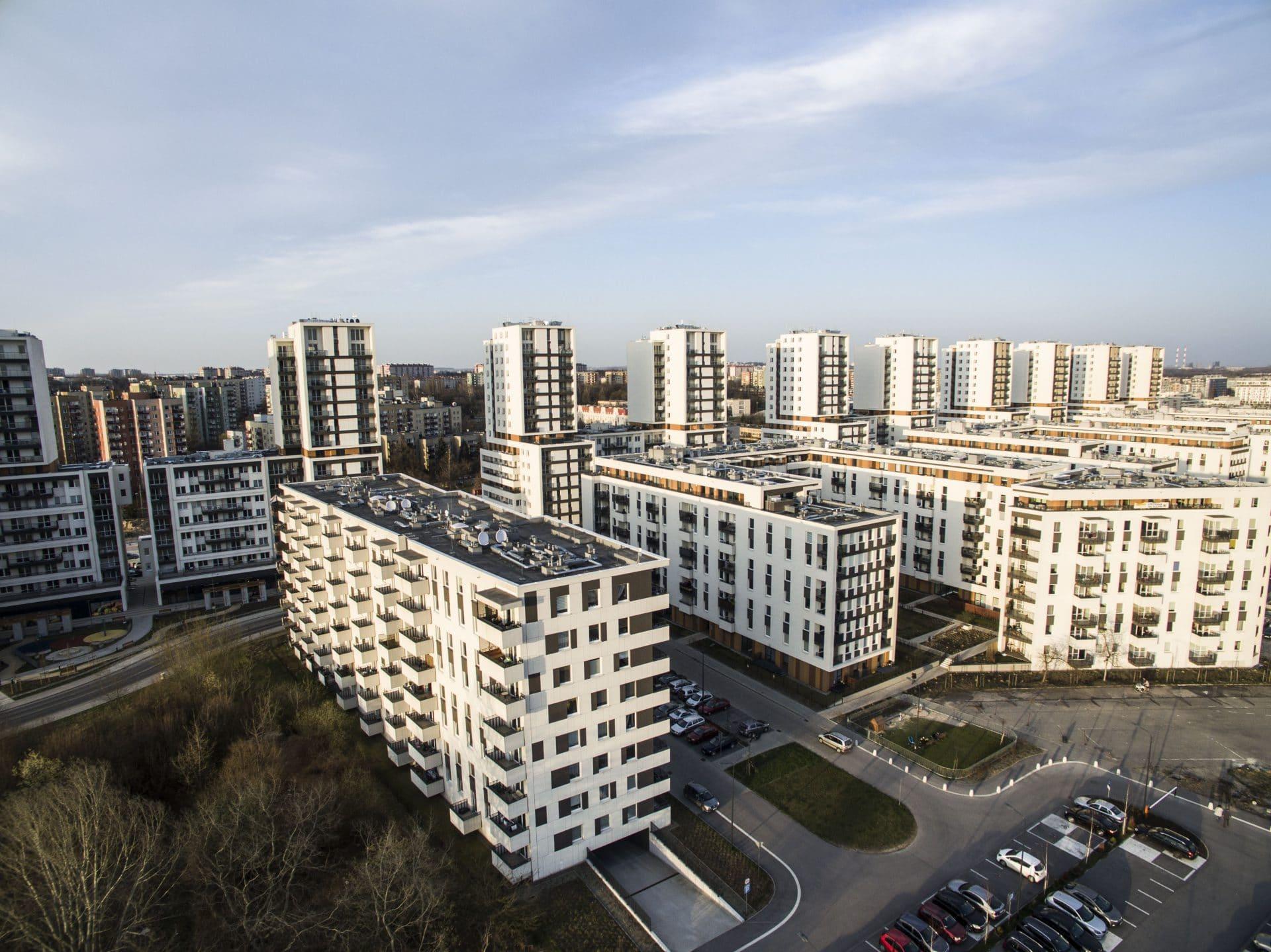 Autor artykułu przekonuje, że zmieszczenie w Krakowie 100 tys. nowych mieszkań to remedium na... korki. Fot. Joanna Urbaniec.