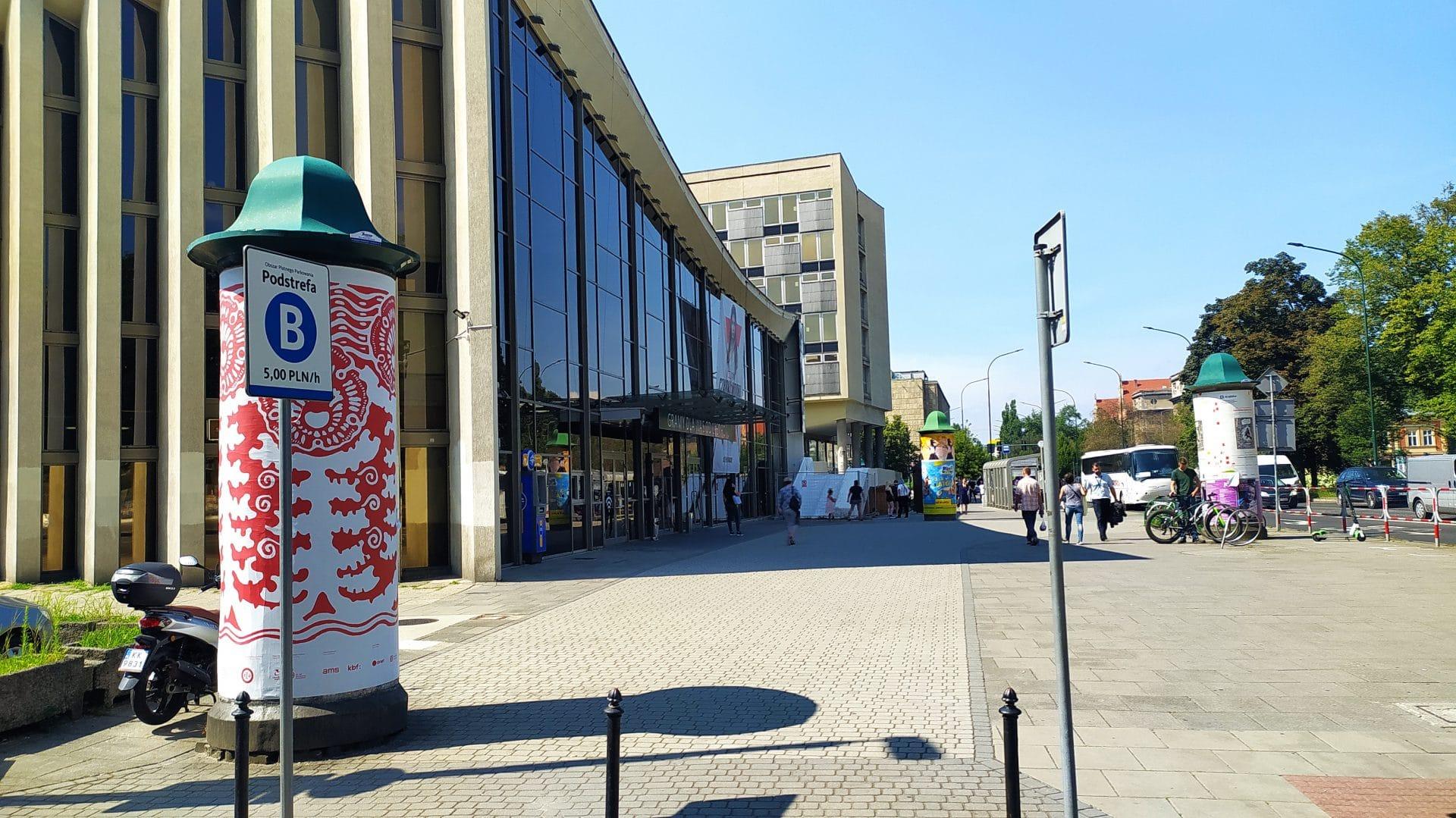 Kino Kijów i Hotel Cracovia. Kraków.