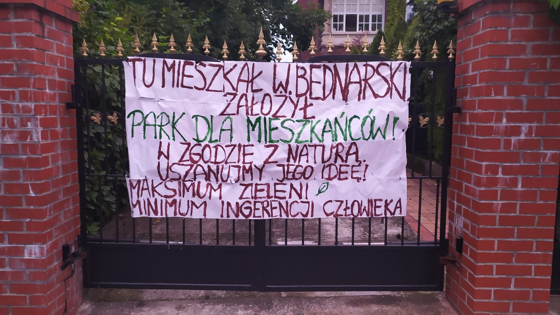 Park Bednarskiego Kraków Protest