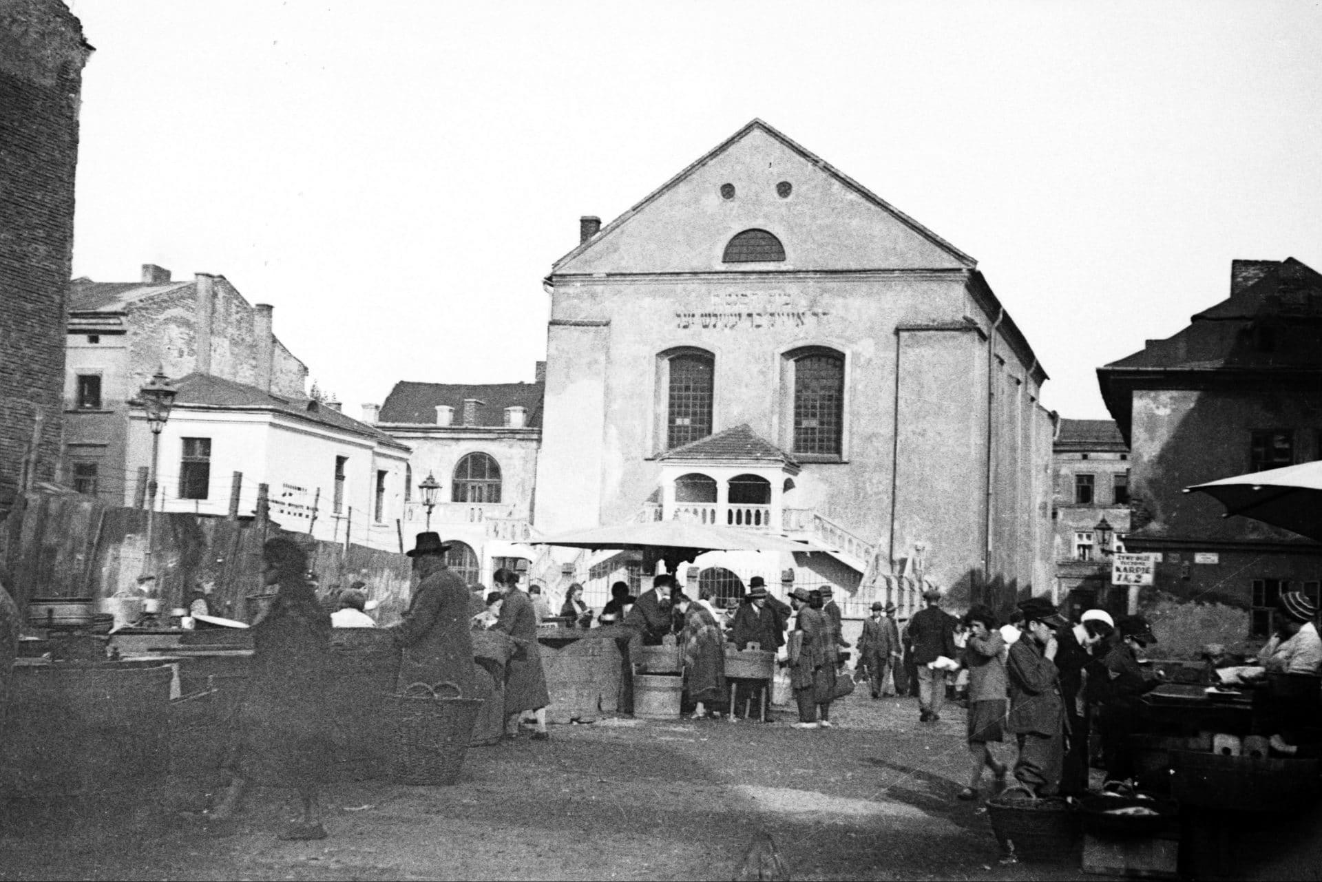 Synagoga Izaaka w 1936 roku. Źródło: Narodowe Archiwum Cyfrowe. Żydowski Kraków.