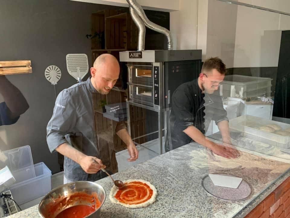 Pizza Square to efekt miłości do pizzy.