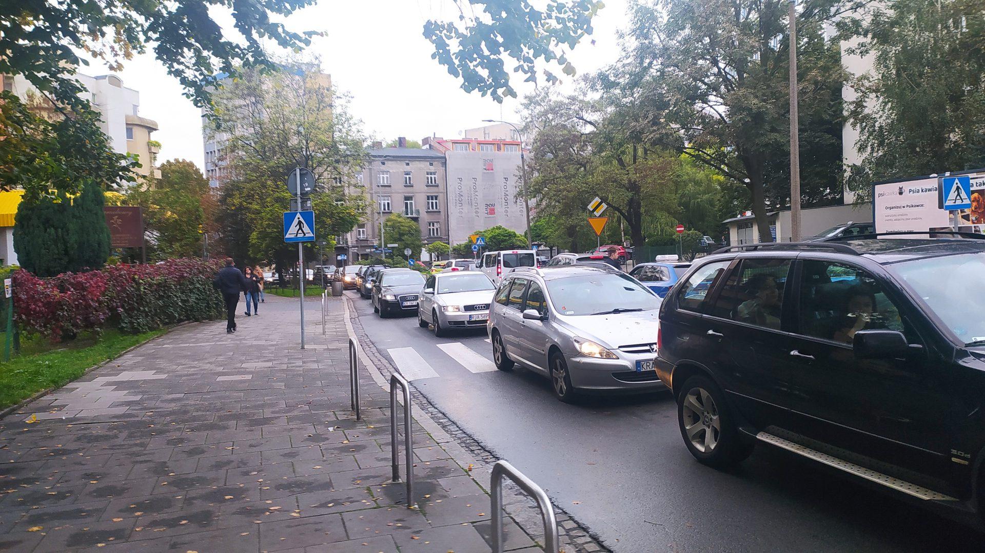 Korki to aktualnie jeden z najgorętszych tematów w Krakowie.
